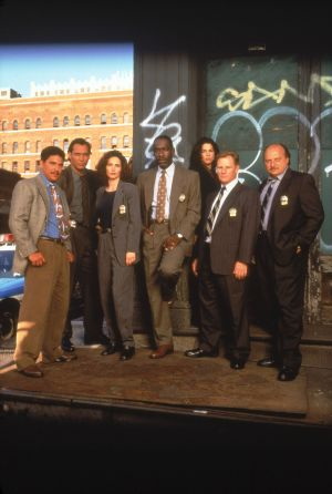New York Cops - NYPD Blue 2005x2984