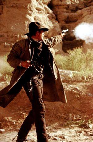 Wyatt Earp 600x916