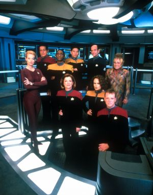 Star Trek: Voyager 1710x2173