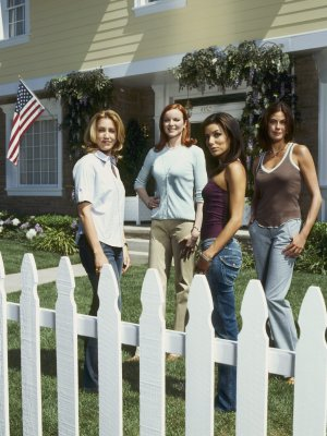 Desperate Housewives 2250x3000