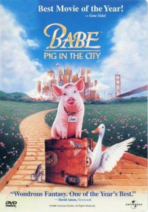 Schweinchen Babe in der großen Stadt 699x999