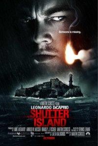 La isla siniestra poster