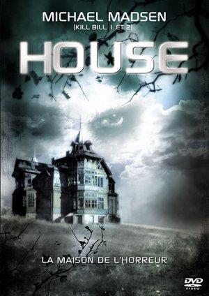 House 400x565
