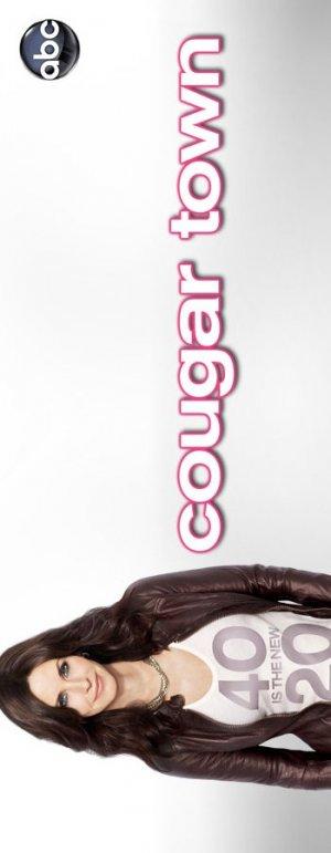 Cougar Town 350x900