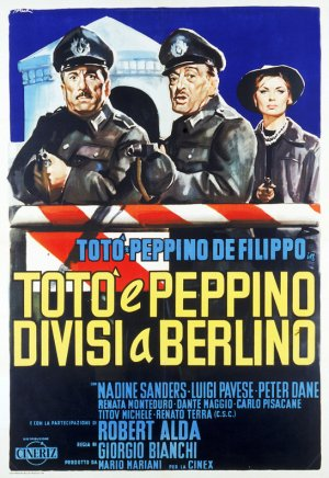 Tot� e Peppino divisi a Berlino Poster