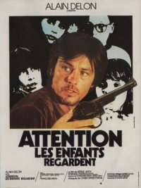 Attention, les enfants regardent poster