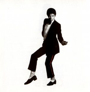 Michael Jackson: Number Ones 1364x1406
