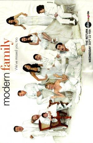 Modern Family 1307x2000