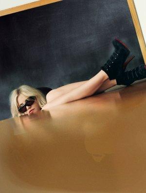 Bad Teacher 3788x5000
