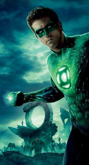 Green Lantern 1566x2918