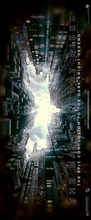 Batman: El caballero de la noche asciende 825x2000