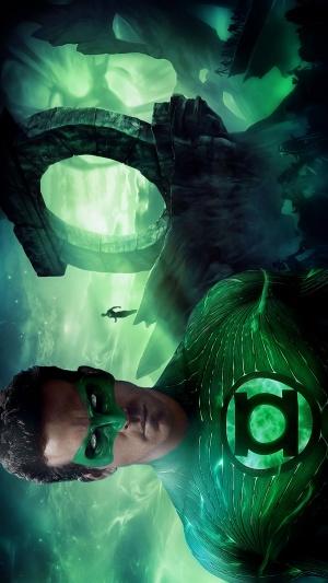 Green Lantern 900x1600