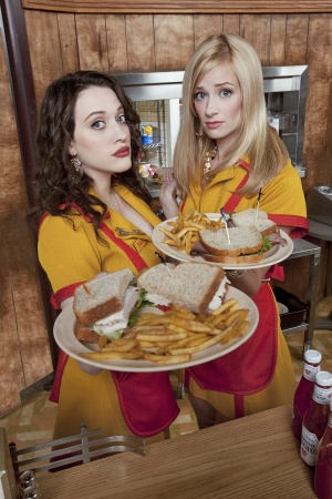 2 Broke Girls 1333x2000