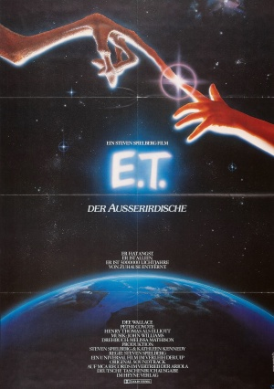 E.T. the Extra-Terrestrial 2072x2943