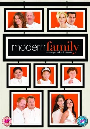 Modern Family 1054x1500