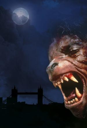 Un hombre lobo americano en Londres 1500x2200