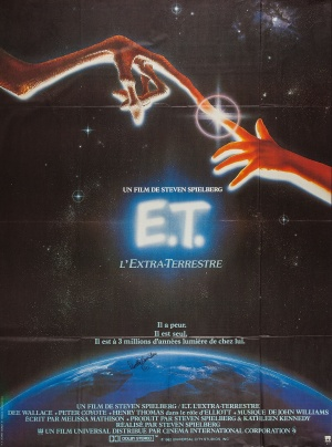 E.T. the Extra-Terrestrial 2200x2960