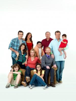 Modern Family 2587x3449