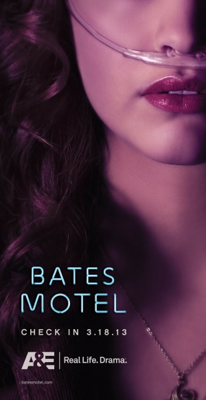 Bates Motel 900x1743