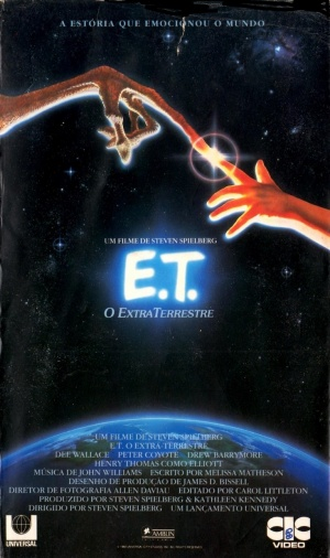 E.T. the Extra-Terrestrial 734x1238