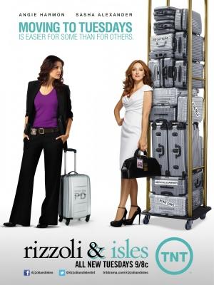 Rizzoli & Isles 2250x3000