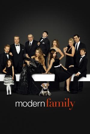 Modern Family 3375x5000