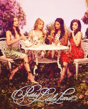 Pretty Little Liars 500x620