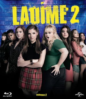 Pitch Perfect 2 800x925