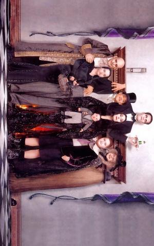 Addams Family Values 900x1440